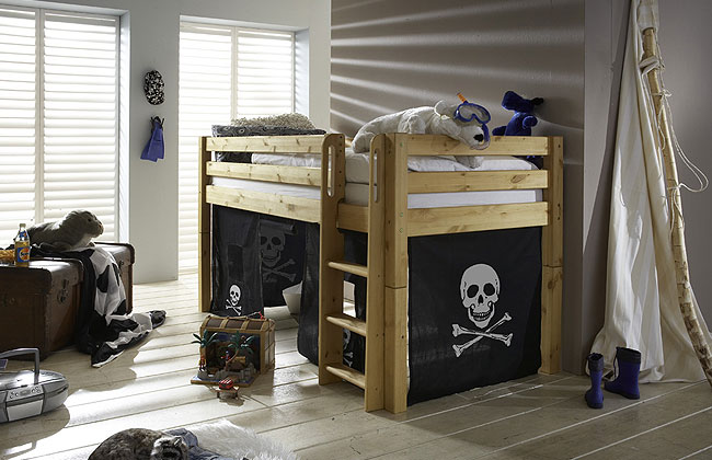 kiefer m bel so weit das auge reicht kiefern m bel fachh ndler in goslar kiefern m bel. Black Bedroom Furniture Sets. Home Design Ideas