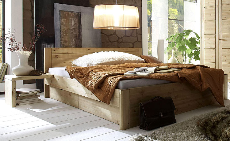 bett mit schubladen aus gelaugter und ge lter astkiefer echtholz bett. Black Bedroom Furniture Sets. Home Design Ideas