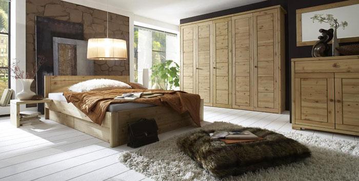 Schlafzimmer Aus Massiver Kiefer Gefertigt - Verschiedene