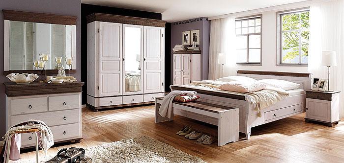 Schlafzimmer aus massiver Kiefer gefertigt - verschiedene ...