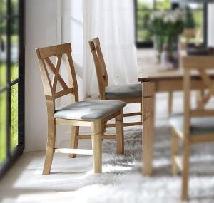 Stuhl mit Polster Kiefer massiv gelaugt geölt