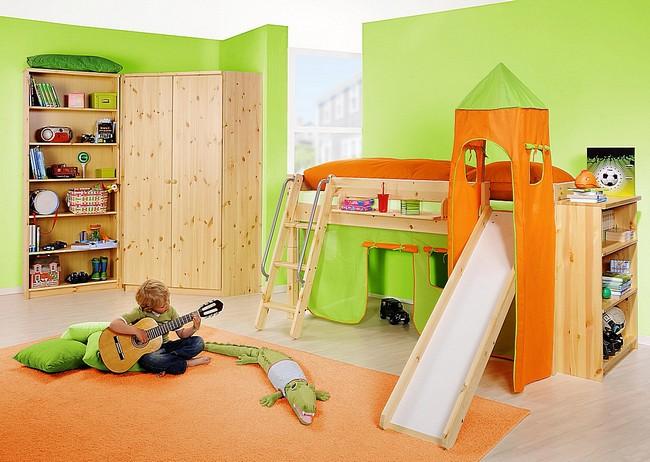Kinderzimmer natur lackiert Kiefernholz